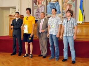 Команда Одесского Национального университета имени Мечникова заняла 4е место среди ВУЗов в полуфинале Чемпионата мира по спортивному программированию