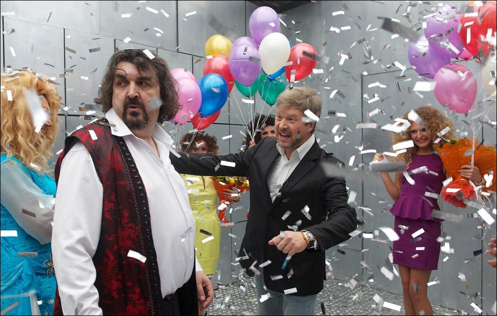 1 января компания «Интер-Фильм» представит в Украине комедию легендарного «Квартета И» — «Быстрее, Чем Кролики»